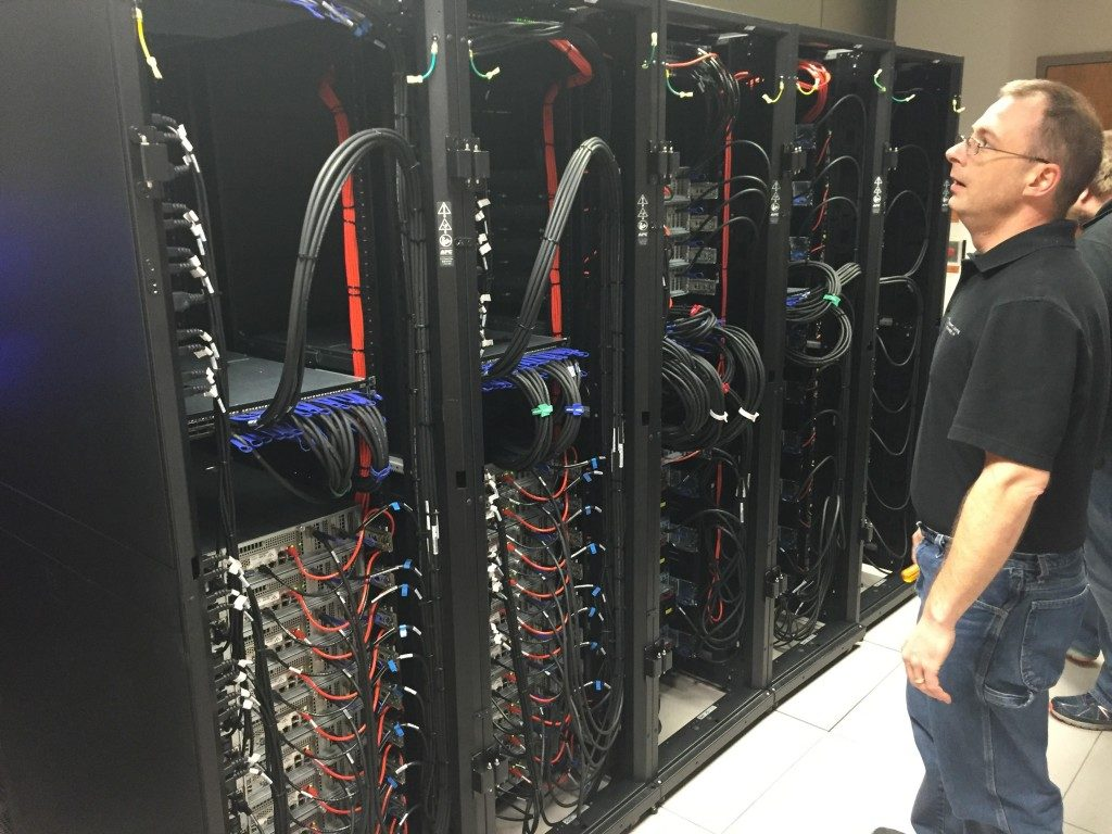 HPC engineers install HPC cluster